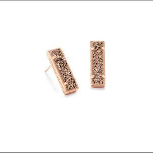 NWT‼️ Kendra Scott Lady Stud Earrings 💕